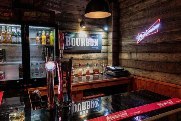 american-restaurant-torquay